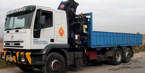 Transporte camion grua
