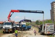 Rescate trailer volcado en la vía del tren en Manresa